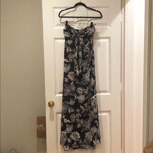 Band of Gypsies black and white maxi dress size XS